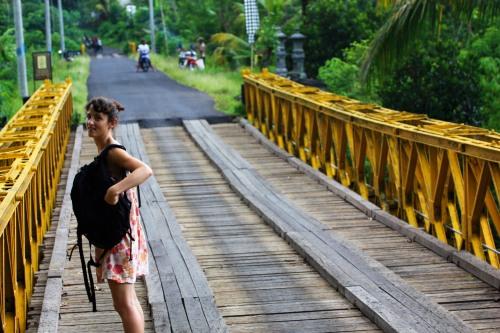 V on the bridge