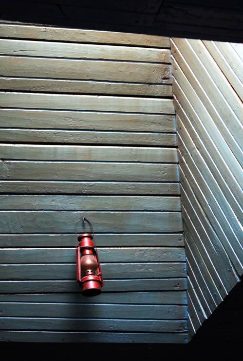 Hanging lantern, Tonglu