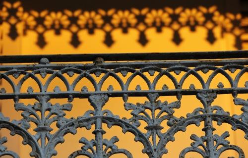 3809 Iron railing