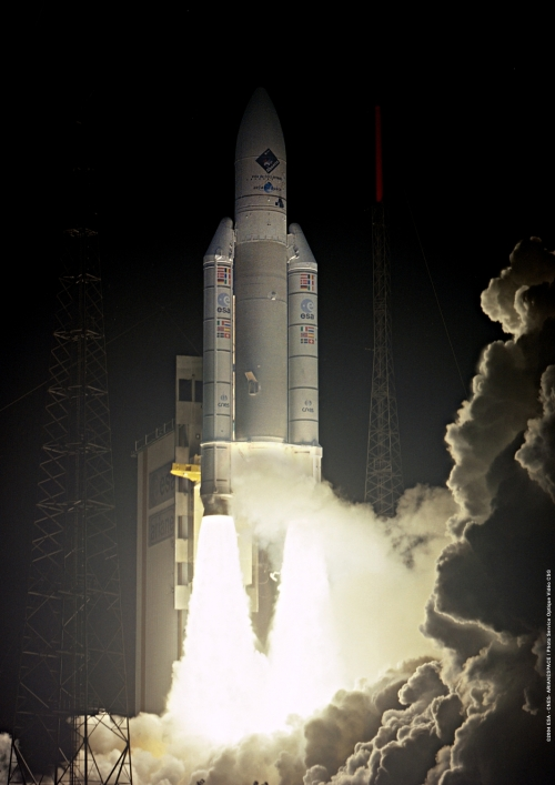 Ariane_5_V158_lifts_off