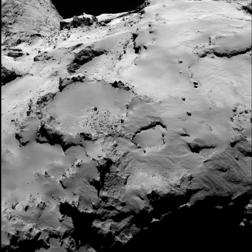 Philae_s_backup_landing_site_from_30_km_a