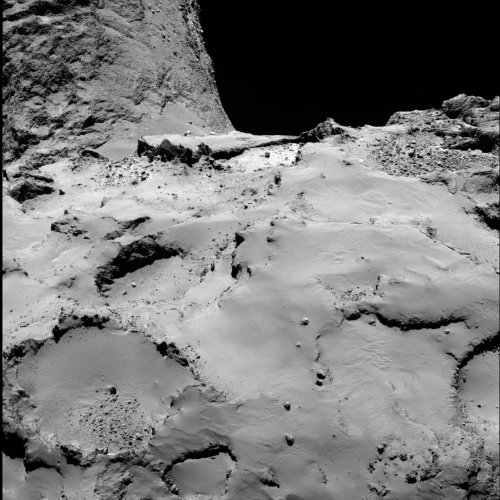 Philae_s_backup_landing_site_from_30_km_b