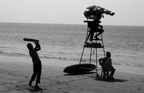 4665 Indian beach scene