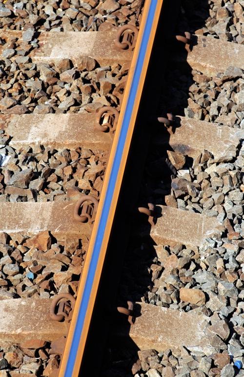 2515 Rusty rail