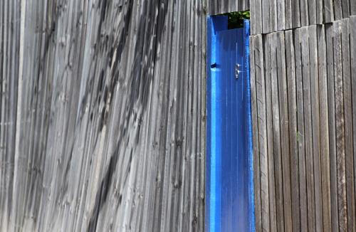 4574 Blue gate